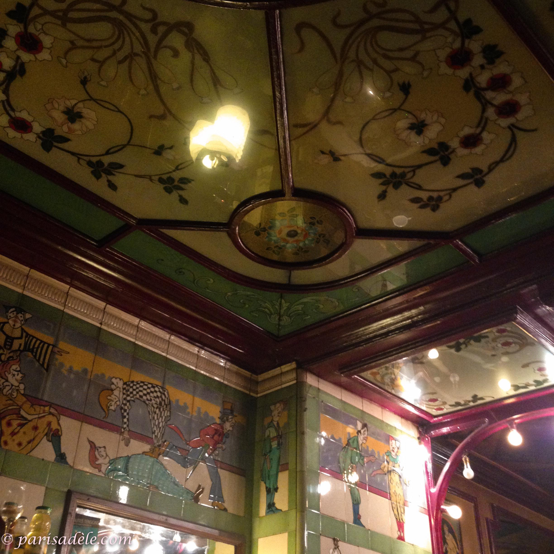 Clown Bar | Paris Adèle