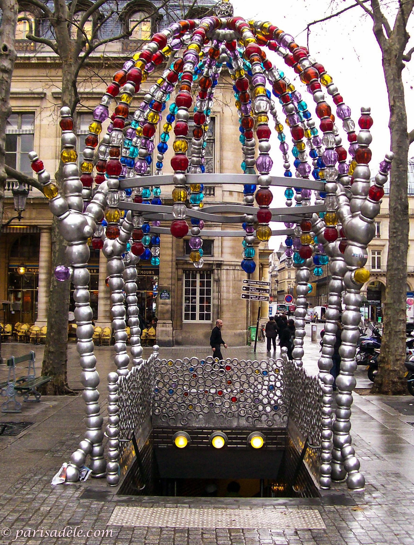 Palais royal mus e du louvre paris ad le - Musee des arts decoratifs metro ...
