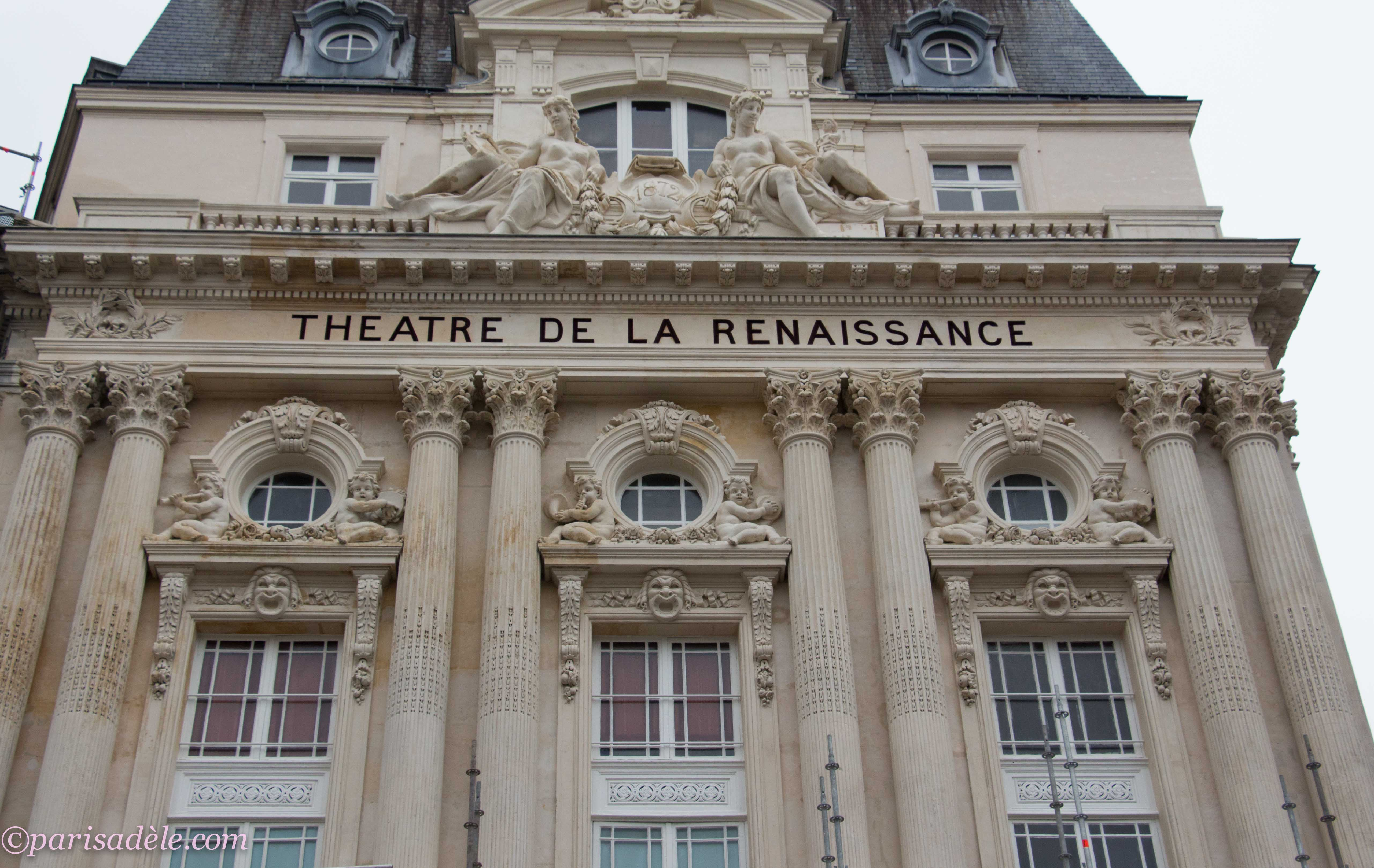 renaissance theatre By emma smith when john brayne built the red lion theatre in london's whitechapel in 1569, he could hardly have known what a powerful cultural and social force he was unleashing on elizabethan society.