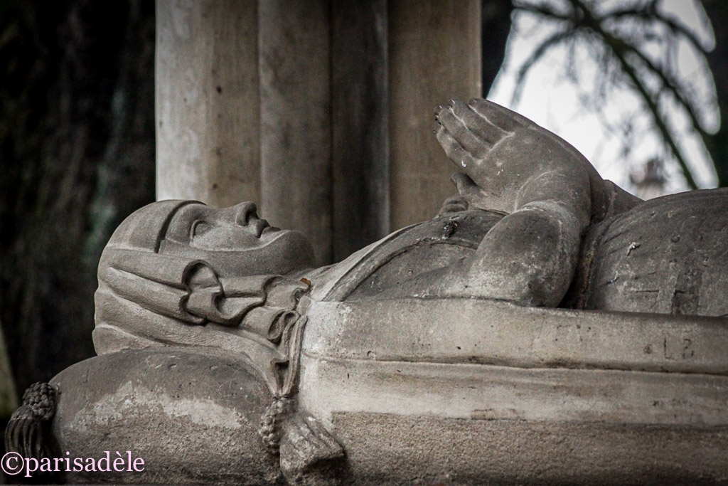Heloise and Abelard paris pere lachaise