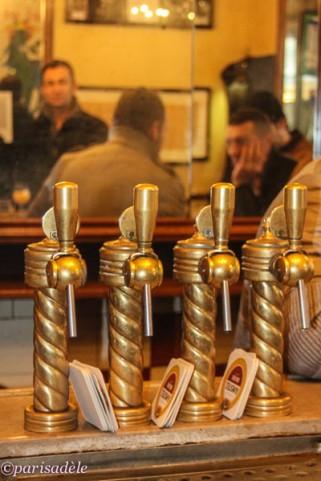 paris bar cafe marais petit fer a cheval