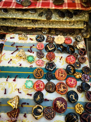 collectables paris second hand flea markets buttons