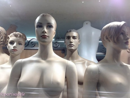 mannequins paris passage du caire arcades Pret-a-Porter ready to wear