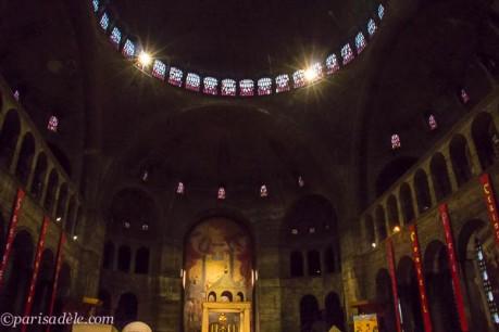 Saint Esprit Church paris interior