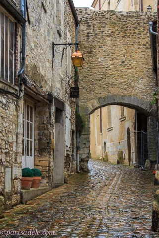 medieval village france senlis