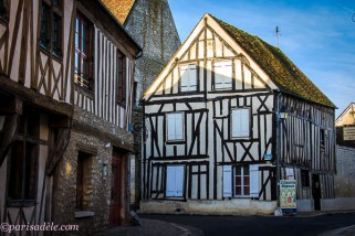 medieval building provins france