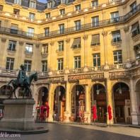Paris Adèle Discovers a New Favourite Place in Paris