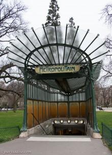 porte dauphine metro