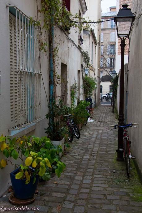 Impasse Saint-Pierre Paris 75020