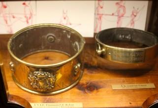 Musée de la Chasse et de la Nature - brass dog collars