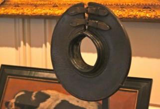 Musée de la Chasse et de la Nature - leather dog collar